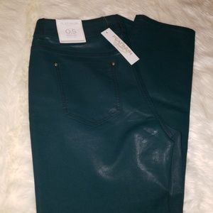New Chicos faux leather jeans size 0.5(6)